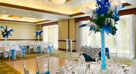 Garrison-Wedding-Set-Up-with-Head-Table